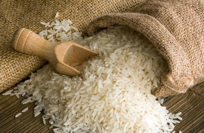 Mua gạo phải chọn thật kỹ, thấy gạo như thế này thì đừng mua - Ảnh 1.