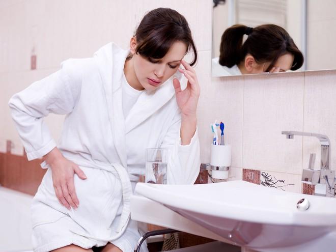 Những triệu chứng của bệnh hạ canxi, kiểm tra ngay để đối phó kịp thời nếu bạn không muốn gặp biến chứng nặng - Ảnh 4.