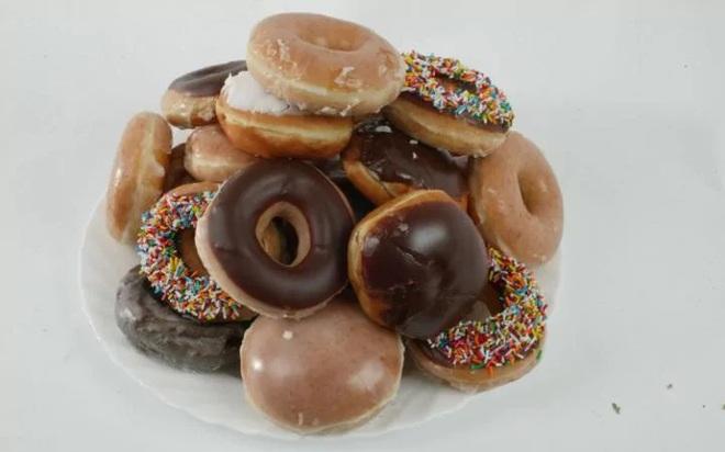 6 lợi ích cực quan trọng nếu bạn có thể hạn chế ăn đường - Ảnh 2.