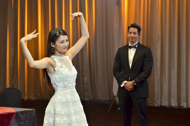 Hết thi catwalk, thí sinh Hoa hậu Hoàn vũ lại bị soi cả chuyện đánh ghen - Ảnh 11.