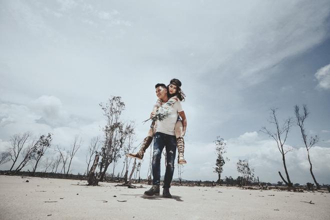 Cầu hôn nợ nhẫn và bộ ảnh cưới không giống ai của cặp đôi thích xách xe ăn vặt - Ảnh 23.