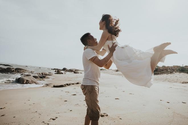 Cầu hôn nợ nhẫn và bộ ảnh cưới không giống ai của cặp đôi thích xách xe ăn vặt - Ảnh 15.
