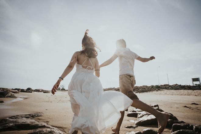 Cầu hôn nợ nhẫn và bộ ảnh cưới không giống ai của cặp đôi thích xách xe ăn vặt - Ảnh 14.
