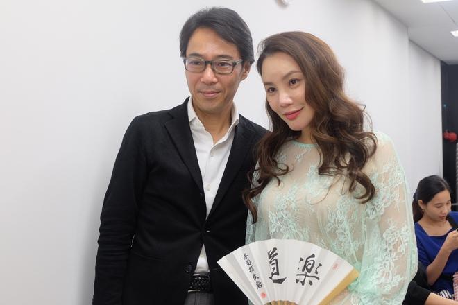 Hồ Quỳnh Hương gợi cảm với váy ren xuyên thấu trên đất Nhật  - Ảnh 7.