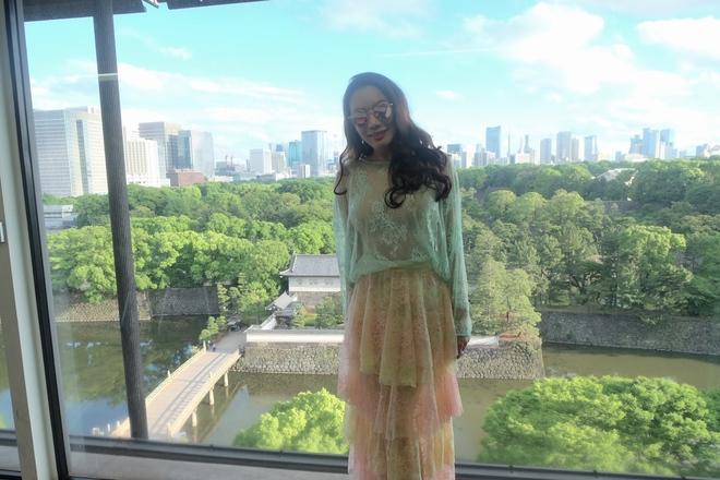 Hồ Quỳnh Hương gợi cảm với váy ren xuyên thấu trên đất Nhật  - Ảnh 4.