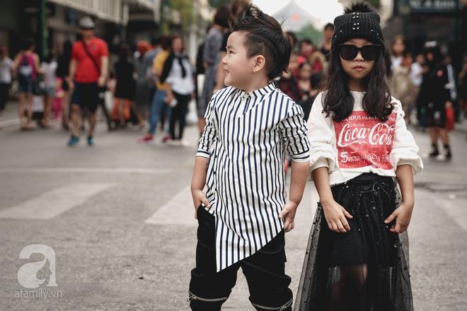 Vietnam International Fashion Week: Mới ngày đầu mà các nhóc tì đã đổ bộ xuống phố với street style chất phát ngất thế này - Ảnh 7.
