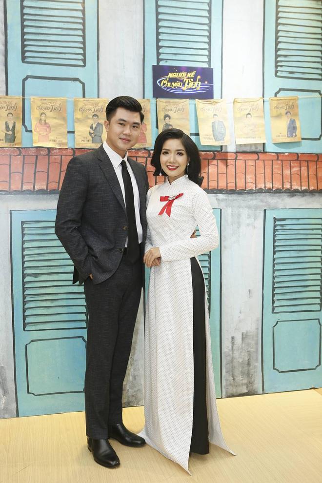 Phương Trinh Jolie gợi cảm khoe vai trần, Nam Cường trốn vợ đi thi hát  - Ảnh 5.
