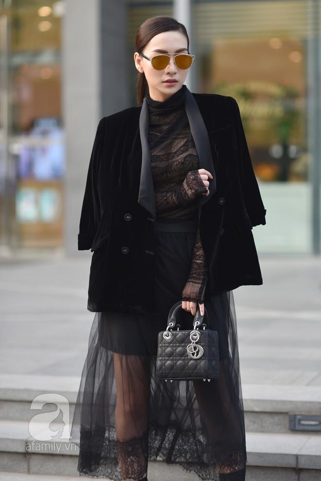 Chuyển lạnh một cái, là street style của các quý cô miền Bắc lại ngập tràn các loại áo len và áo khoác - Ảnh 3.