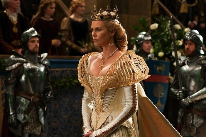 Hoàng hậu được mệnh danh là ác phụ độc dược, 3 đời chồng vẫn đẹp như đóa hồng Athens - ảnh 2