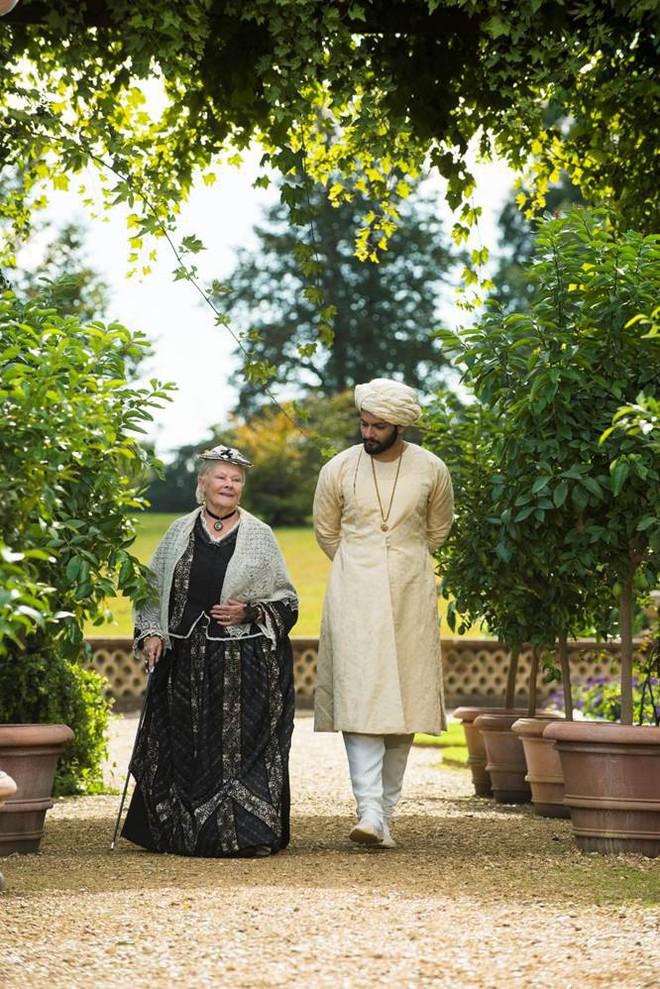 Câu chuyện lịch sử ít ai biết về tình bạn thâm giao kỳ lạ của Nữ hoàng Anh trong Nữ hoàng và Tri kỷ - Ảnh 6.