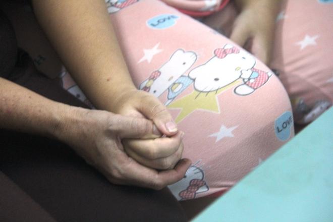 Qua nhà anh rể giúp việc, bé gái bị dùng vũ lực, hiếp dâm đến mang thai 8 tháng - Ảnh 11.