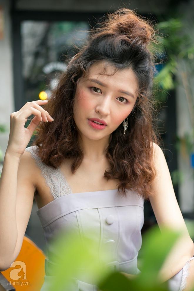 Phương Chi The Face lên tiếng về những chỉ trích đi thi nhan sắc ao làng - Ảnh 9.