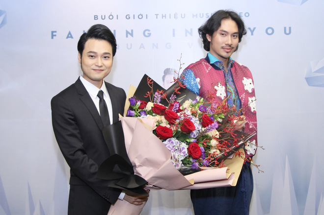 Bạn thân Lý Quí Khánh bất ngờ ôm hoa tới chúc mừng Quang Vinh  - Ảnh 3.