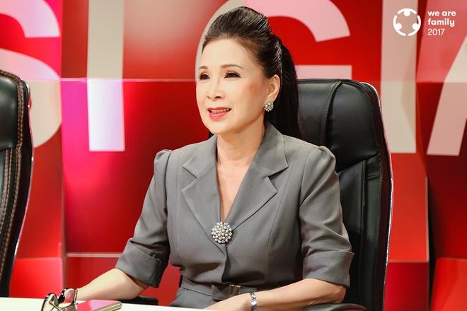 NSƯT Kim Xuân: Đi gần hết cuộc đời, vẫn thấy ấm lòng vì có chồng con bên cạnh - Ảnh 10.
