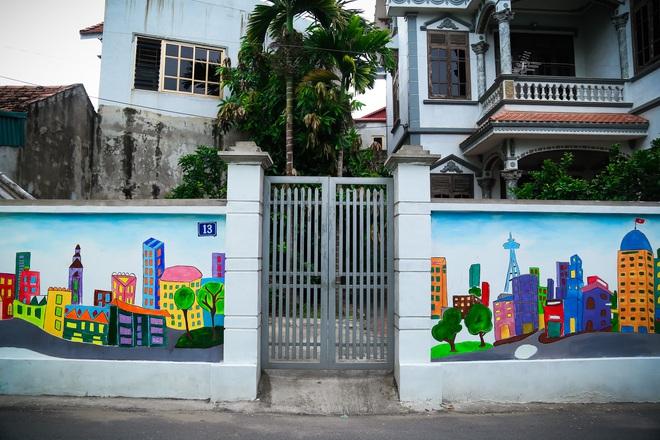 Sau Quảng Nam, Hà Nội đã có đường tranh bích hoạ vô cùng xinh đẹp. - Ảnh 2.