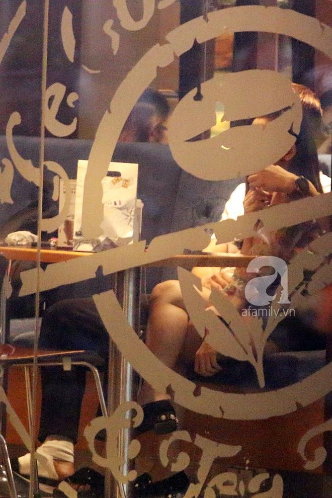 Độc quyền: Trương Quỳnh Anh - Tim tình tứ khoác tay nhau tại nơi công cộng sau khi xuất hiện tin ly hôn - Ảnh 13.