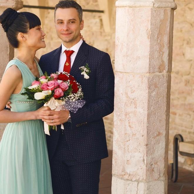 Á quân Next Top Model 2012 Kha Mỹ Vân lên xe hoa với chồng Tây tại Paris - Ảnh 5.