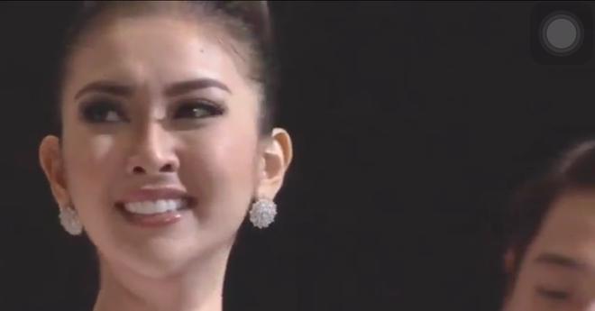 Người đẹp Indonesia đăng quang Miss International 2017, Thùy Dung trượt Top 15 - Ảnh 1.