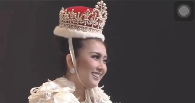 Người đẹp Indonesia đăng quang Miss International 2017, Thùy Dung trượt Top 15 - Ảnh 3.