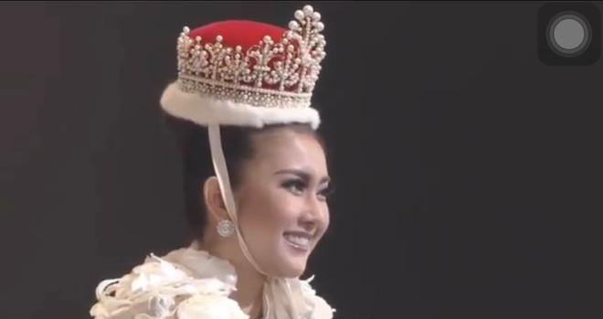 Người đẹp Indonesia đăng quang Miss International 2017, Thùy Dung trượt Top 15 - Ảnh 4.