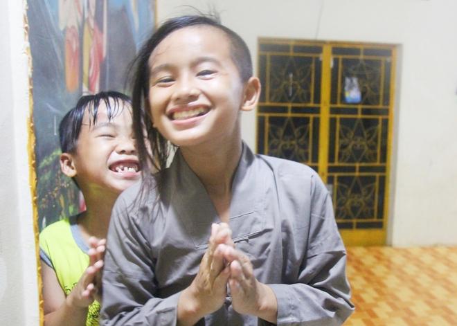22 đứa trẻ mồ côi, bị bố mẹ bỏ rơi tại Tịnh xá Ngọc Tuyền: Chúng con thèm được cô chú ẵm bồng - Ảnh 13.