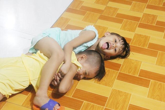 22 đứa trẻ mồ côi, bị bố mẹ bỏ rơi tại Tịnh xá Ngọc Tuyền: Chúng con thèm được cô chú ẵm bồng - Ảnh 6.