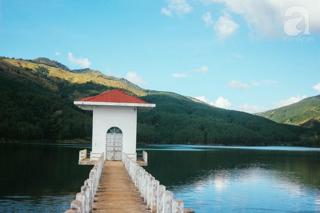 Ở Việt Nam có một điểm đến thơ mộng và lãng mạn chẳng kém Đà Lạt, nhất định nên đến trong dịp cuối năm - Ảnh 14.
