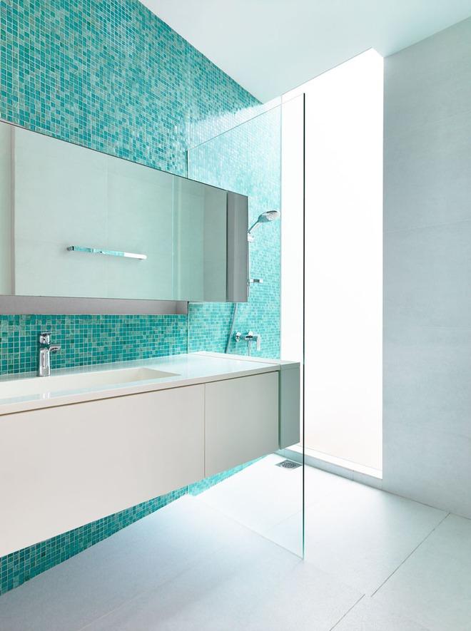 Thổi bay cảm giác oi bức ngày hè với phòng tắm xanh – trắng mát lịm - Ảnh 5.