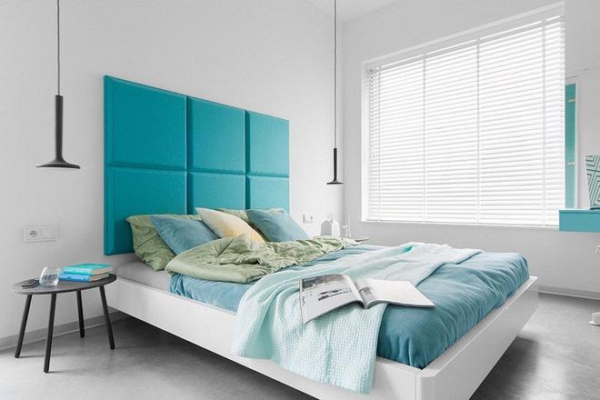 7 cách trang trí đầu giường tạo điểm nhấn cho phòng ngủ - Ảnh 4.
