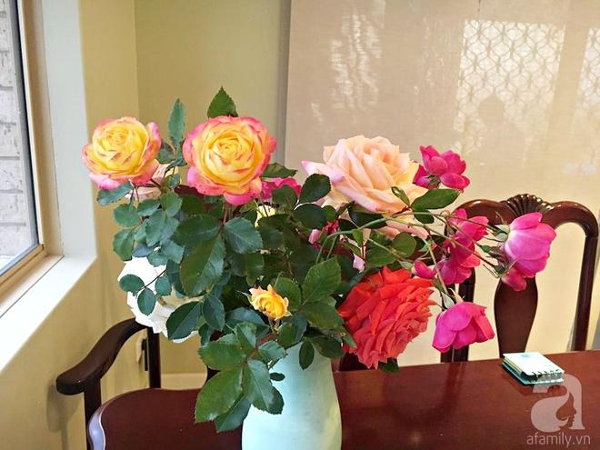 Mất 2 năm gây dựng, vợ chồng người Việt đã biến không gian sống của mình thành ngôi nhà hoa hồng đẹp ngẩn ngơ - Ảnh 29.