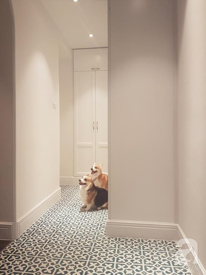 Căn hộ 230m² có phong cách nội thất mang đậm dấu ấn phương Tây của vợ chồng trẻ ở Hà Nội - Ảnh 1.