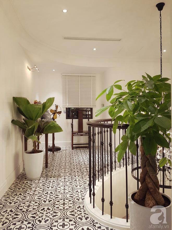 Căn hộ 230m² có phong cách nội thất mang đậm dấu ấn phương Tây của vợ chồng trẻ ở Hà Nội - Ảnh 10.