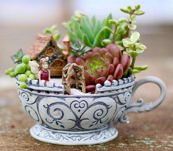 12 cách biến tấu tách uống trà thành đồ vật trang trí nhà đẹp mắt - Ảnh 1.