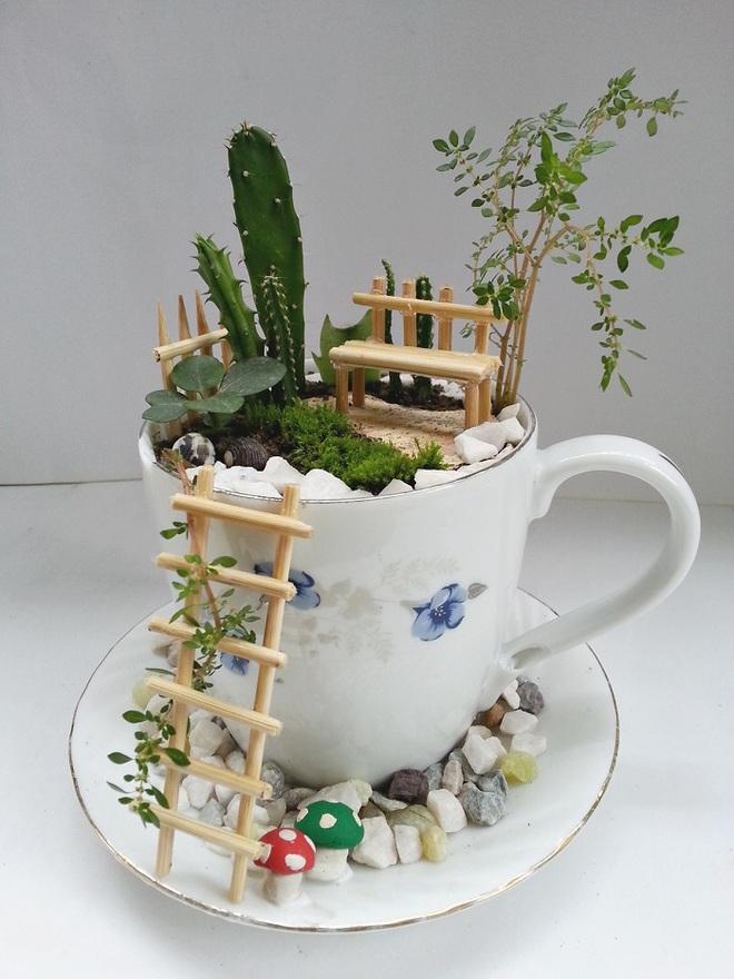 12 cách biến tấu tách uống trà thành đồ vật trang trí nhà đẹp mắt - Ảnh 4.