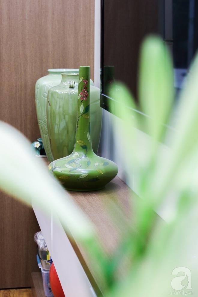 Căn hộ bé xinh chỉ toàn gốm và hoa của mẹ đơn thân ở Định Công, Hà Nội - Ảnh 5.