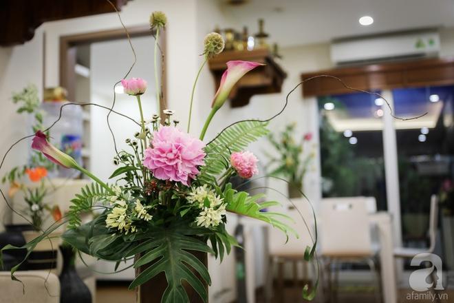 Căn hộ bé xinh chỉ toàn gốm và hoa của mẹ đơn thân ở Định Công, Hà Nội - Ảnh 7.