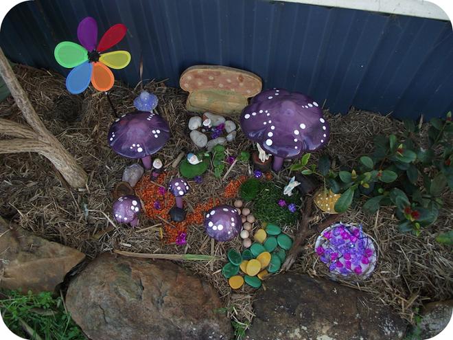 Khu vườn ở sân sau nhà sẽ trở thành chốn thần tiên nếu biết sử dụng những đồ trang trí như thế này - Ảnh 8.