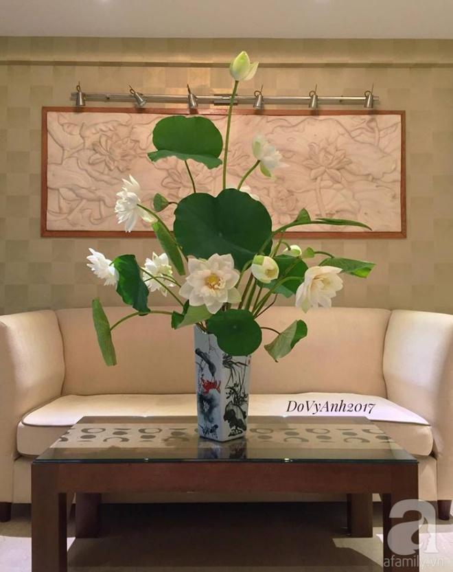 Những cách cắm hoa sen khiến vạn người mê của hai ông bố trẻ - Ảnh 6.