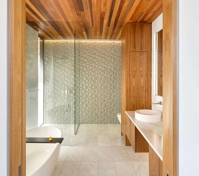 Phòng tắm trở nên sang chảnh bất ngờ với bức tường sử dụng gạch ốp 3D - Ảnh 9.