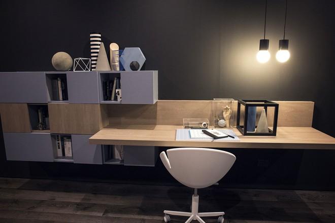 Những mẫu bàn làm việc gọn nhẹ giúp bạn có ngay văn phòng tại nhà dù nhà không rộng rãi  - Ảnh 9.