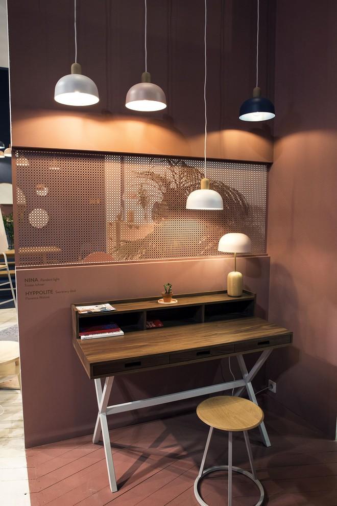 Những mẫu bàn làm việc gọn nhẹ giúp bạn có ngay văn phòng tại nhà dù nhà không rộng rãi  - Ảnh 10.