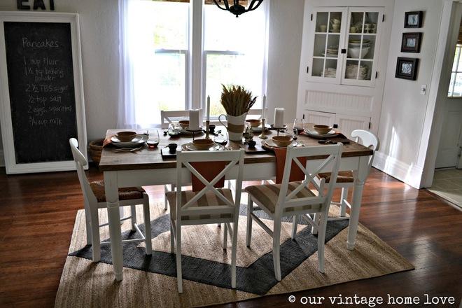 Tận dụng ngay thảm trải sàn dưới bàn ăn, ngôi nhà sẽ trở nên thanh lịch và sang trọng hơn hẳn - Ảnh 3.