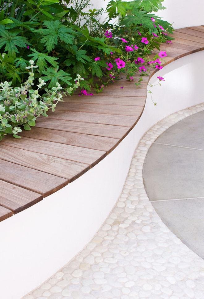 Thiết kế mảnh sân sau thành góc thư giãn đẹp mê mẩn với điểm nhấn lãng mạn từ màu hồng - Ảnh 9.