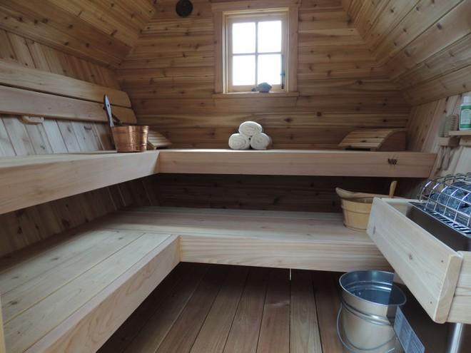 Ngôi nhà gỗ đẹp diệu kỳ như bước ra từ truyện cổ tích - Ảnh 6.