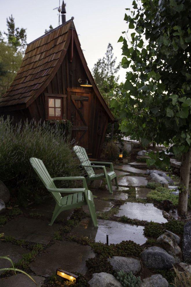 Ngôi nhà gỗ đẹp diệu kỳ như bước ra từ truyện cổ tích - Ảnh 7.