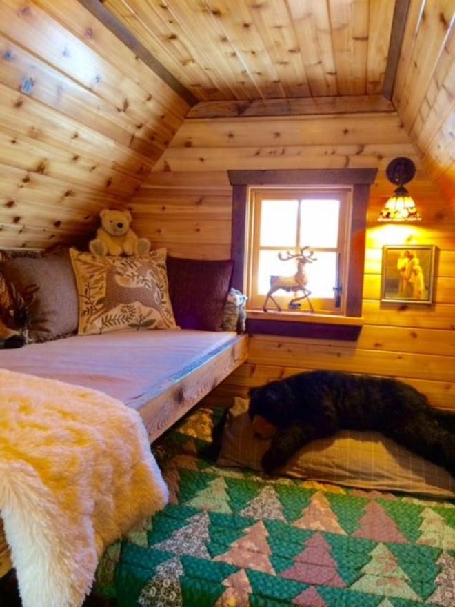 Ngôi nhà gỗ đẹp diệu kỳ như bước ra từ truyện cổ tích - Ảnh 9.