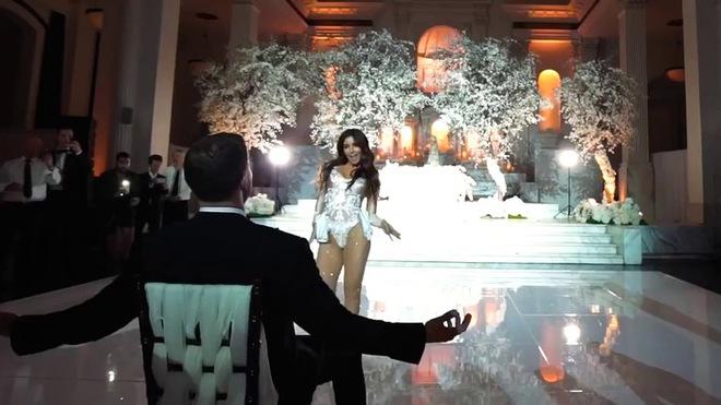 Sốc vì những hành động quá đà của em dâu ngay trong đám cưới - Ảnh 2.