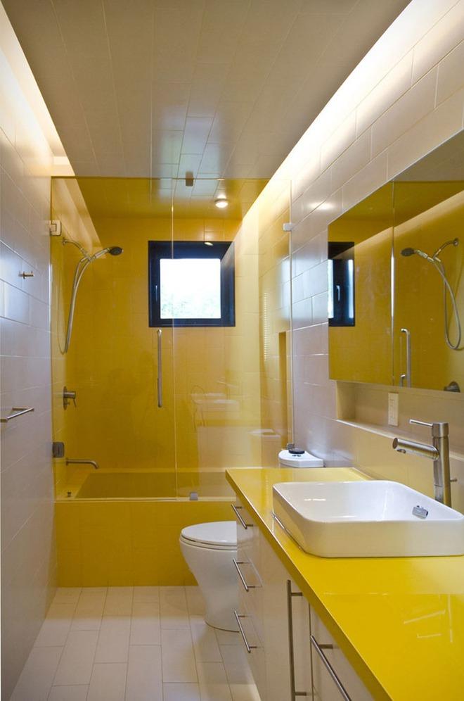 Những căn phòng tắm với sắc vàng tươi khiến bạn thấy sảng khoái ngay khi vừa bước vào - Ảnh 3.
