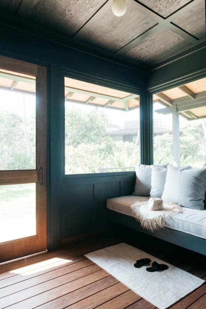 Cặp vợ chồng biến ngôi nhà cổ từ năm 1940 thành không gian nghỉ dưỡng đẹp đến khó tin - Ảnh 2.