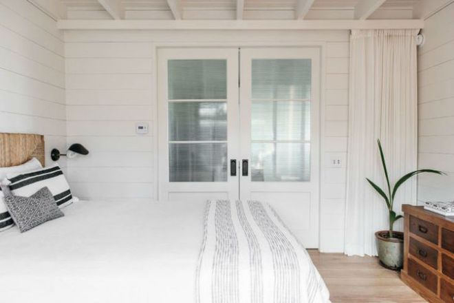 Cặp vợ chồng biến ngôi nhà cổ từ năm 1940 thành không gian nghỉ dưỡng đẹp đến khó tin - Ảnh 8.